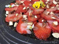 Carpaccio de fraises au thé matcha / La cuisine de blanche