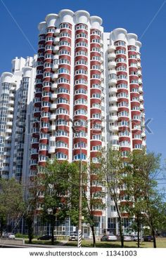 Highrise Apartment Building By Pittsburgh Zoo Bing Images