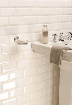 Badkamer vloertegels badkamer and vloeren on pinterest - Groene metro tegels ...