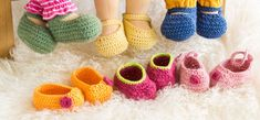 p/gratis-anleitung-puppenschuhe-hakeln - The world's most private search engine Baby Knitting Patterns, Lace Knitting, Crochet Patterns, Doll Clothes Patterns, Doll Patterns, Crochet Dolls, Crochet Baby, Waldorf Dolls, Crochet Slippers