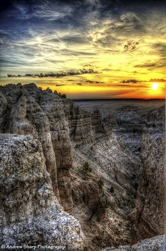 Badlands National Park is one of the 6 national parks surrounding the Rapid City area! #VisitRapidCity http://www.visitrapidcity.com/parks-monuments/badlands-park