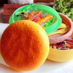 Cheap tableware set, Buy Quality school food containers directly from China bento lunchbox Suppliers: Cute Hamburger Double Tier Bento Lunchbox Burger Box Children School Food Container Tableware Set with Fork Kids Christmas Gift Daycare Lunch Box, Funny Lunch Boxes, Bento Box Lunch, Bento Lunchbox, Bento Food, Lunch Containers, Food Storage Containers, Fast Food, Lunch Box Recipes