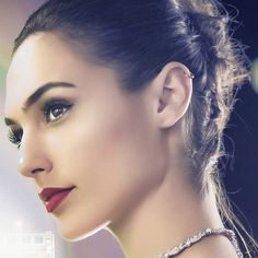 [LMH] Gal Gadot Gal Gadot News, Gal Gadot Model, Gal Gabot, Gal Gadot Wonder Woman, Get Glam, Woman Crush, Beautiful Actresses, Hollywood Actresses, Makeup Inspiration