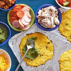 Gluten Free Mini Pizzas with Spaghetti Squash Crusts From Better Homes and Gardens, ideas and improvement projects for your home and garden plus recipes and entertaining ideas. Spaghetti Squash Lasagna, Squash Pasta, Spaghetti Squash Recipes, Grilled Peppers And Onions, Cauliflower Crust Pizza, Food Shows, Mini Pizzas, Pizza Recipes, Free Recipes