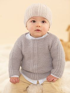 Stricken Baby :Designs from The Twenty First Little Sublime Hand Knit Book - 21 designs f. Baby Cardigan Knitting Pattern Free, Baby Boy Knitting Patterns, Knitting For Kids, Baby Patterns, Hand Knitting, Knitting Books, Brei Baby, Knit Baby Sweaters, Baby Pullover