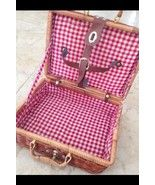 http://m.bonanza.com/listings/Wicker-Picnic-Basket-Lined-With-Red-White-Checkered-Fabric-11-x-8-x-4-/255089146