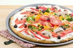 #italianfood #pizza #vegetablepizza What do you get when you combine canned crescent roll dough, cream cheese, mixed summer vegetables and a pizza pan? The result is a deliciou...