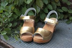 Gold metallic high heel sandals from Skane Toffeln. So many combinations one can choose from!
