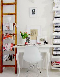 Minimalist Design Workspace at Home   Desain Ruang Kerja Minimalis di Rumah