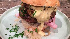 Duitse hamburgers (Oktoberfest burger) - De Makkelijke Maaltijd   24Kitchen