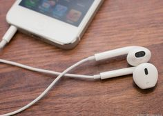 Apple iPhone 5 & Earpods