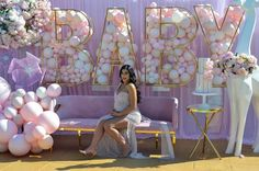 A lovely Baby Shower for and her baby girl 💝 Styling & Setup Props Balloons Baby Shower Niño, Elegant Baby Shower, Baby Shower Balloons, Baby Shower Gender Reveal, Baby Shower Parties, Baby Boy Shower, Grad Party Decorations, Girl Baby Shower Decorations, Girl Decor