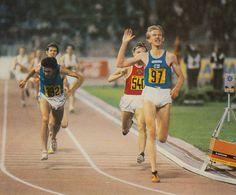 Stadion Evžena Rošického@Martti Vainio (n. 97) Finland 27'.30''.99 Gold Medal (National Record and Championship Record)@Venanzio Ortis (n. 192) Italy 27'.31''.48 Silver Medal@Aleksandras Antipovas (n. 540) Soviet Union 27'.31''.50 Bronze Medal (National Record)@29.8.1978 European Championships, Soviet Union, Finland, Athlete, Bronze, Italy, Running, Sports, Silver