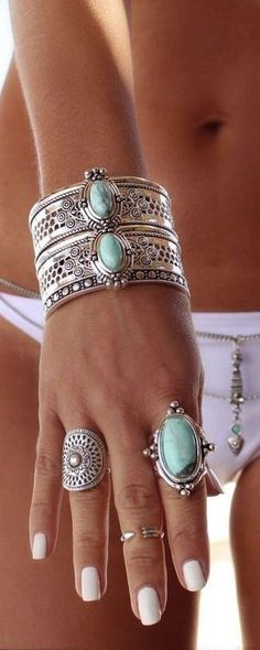 Boho jewelry style                                                       …                                                                                                                                                                                 Más