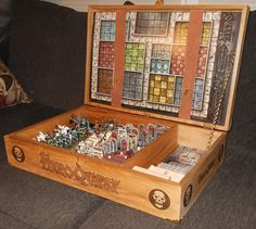 """Here's Necrothug 's custom built HQ box: """"So I've been working on some things for my HQ set, and here is my latest project. My HQ box was. Games Box, Board Games, Dungeon Master Screen, Dungeon Room, Board Game Storage, Dungeons And Dragons Dice, Dice Box, Fantasy Miniatures, Game Pieces"""
