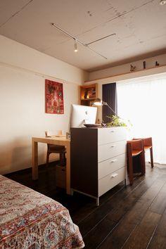 あまり聞き慣れない言葉かもしれませんが、ゾーニングとはお部屋の空間をどんな用途に使うか決め、区分することを意味します。例えば広いリビングの中で、食事をとるダイ…