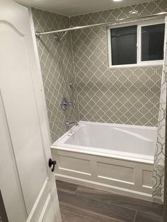 Country Cottage Arabesque Glass Mosaic Tiles - Rocky Point Tile - Glass and Mosaic Tile Store Bathtub Surround, Hall Bathroom, Luxury Bathtub, Bathroom Makeover, Bathroom Renovations, Bathrooms Remodel, Bathroom Design, Bathroom Redo, Tile Bathroom