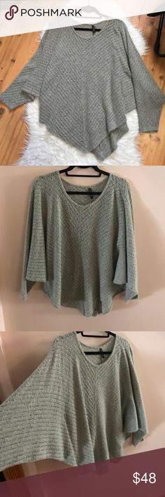 🌼 Thin knit Batwing Poncho Thin knit, worn a handful of times but in perfect condition. Great for the winter and spring both. It's a beautiful flowing piece. Offers are welcomed. 🛍 Forever Tops Blouses