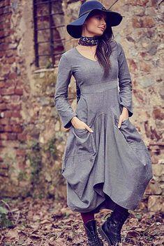 Šedé šaty s dlouhým rukávem Los Banditos Reina Boho Styl, Victorian, Dresses, Fashion, Vestidos, Moda, Fashion Styles, Dress, Fashion Illustrations