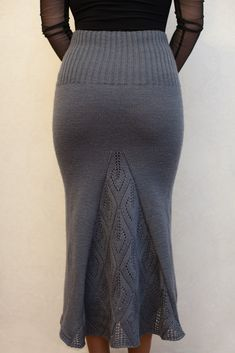 Crochet Skirts, Knit Skirt, Crochet Clothes, Knit Dress, Diy Maxi Skirt, Dress Skirt, Knitted Baby Cardigan, Pencil Skirt Outfits, Handmade Skirts
