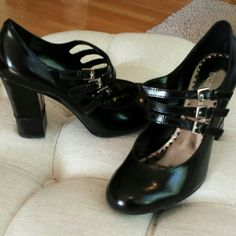 Bcbgirls leather shoe These have never been worn except in the house perfect excellent condition not one thing wrong with these shoes 3 buckle shoe 4 inch heel perfect condition black beautiful BCBG  Shoes Heels