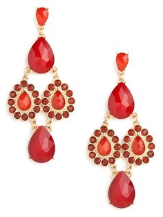 Looking to make a serious boho statement? Then you'll love these alluring earrings, which features a gorgeous cascade of teardrop-shaped gems in ruby red.