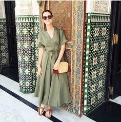 Victoria Ceridono (Dia de Beauté) Vestido Sissa (OQVestir) Bolsa: Sneak Peek Shop Óculos: Persol 07/09/2016