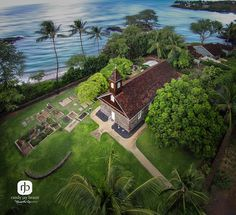 Keawalai Congregational Church, Kihei, Maui photo by Randy Jay Braun