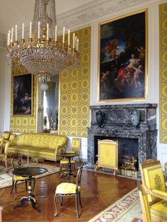 Yellow day room at Chateau Versailles in France Day Room, French People, Visit France, French Style, Versailles, Decor Styles, This Is Us, Interior Decorating, Paris