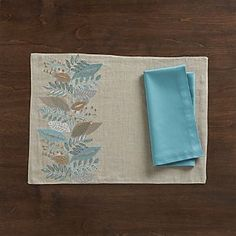 Clara Linen Placemat and Fete Aqua Cotton Napkin