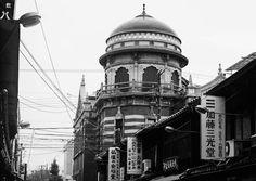 Temple black & white — Photo by LN (https://www.facebook.com/ln.rouze/)
