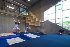 Completed in 2010 in Århus, Denmark. Images by Julian Weyer, Poul Nyholm. The children of Aarhus now have a unique hall to romp in. Aarhus Gymnastics and Motor Skills Hall, designed by C. Møller Architects, combines the. Aarhus, Sports Clubs, Kids Sports, Indoor Climbing Wall, Hotels For Kids, Youth Center, Sport Hall, Hall Design, Sports