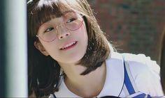 I Love Girls, Cute Girls, Cute Girl With Glasses, Girls Life, Girl Crushes, Ulzzang Girl, Kpop Girls, Korean Girl, Asian Beauty