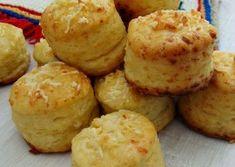 Pogacele cu branza Romanian Desserts, Romanian Food, Baby Food Recipes, Cookie Recipes, Tapas, Salty Snacks, Fun Cooking, Appetizer Recipes, Appetizers