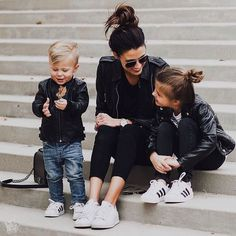 Shared by Athina Siamou. Find images and videos about fashion, style and outfit on We Heart It - the app to get lost in what you love. Mother Daughter Outfits, Mommy And Me Outfits, Mom Daughter, Kids Outfits, Fashion Kids, Style Fashion, Fashion Trends, Outfits Madre E Hija, Cute Family