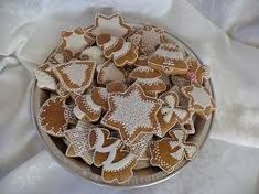 Výsledok vyhľadávania obrázkov pre dopyt zdobenie medovnikov Royal Icing