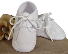 Beautifully constructed boys oxford shoe made of polyester rayon gabardine. A tiny braid accents the toe of this handsome shoe. Gabardine is a smooth, resilient, tightly-woven, lightweight, easy-care fabric. Infant Boys Sizes from Newborn to 12 Months. Christening Shoes, Baby Boy Christening, Boy Baptism, Kids Dress Shoes, Boys Shoes, Oxford White, Crib Shoes, Bow Sneakers, Lace Up Shoes