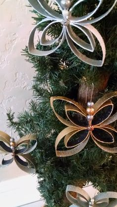 8 piece Christmas ornaments.. by UniqueArtDesigns1 on Etsy (These are made from toilet paper rolls - they are amazing)