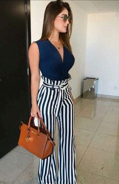 Great Summer Business Outfit Ideas To Get An Excellent Look This Year Business casual outfit is among the hardest to define. The appropriate attitude and the correct small business outfit really can Classy Dress, Classy Outfits, Chic Outfits, Spring Outfits, Fashion Outfits, Dress Casual, Dress Fashion, Fashion Trends, Casual Shoes