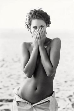 farbiedoll: Christy Turlington photographed by Peter Lindbergh for Vogue, 1988