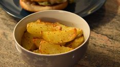 Make for lunch or dinner simple yet soft inside and crispy outside potato wedges with this recipe of Lazy Potato Wedges from Nom Num Nyum. Potato Wedges, Spice Mixes, My Recipes, Lazy, Crisp, Nom Nom, Grilling, Spices, Potatoes