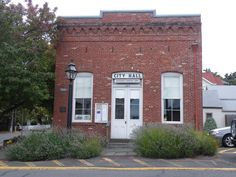Jacksonville OR. - the town's original City Hall - 1800's