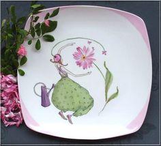 peinture sur porcelaine: la Demoiselle et l'arrosoir - Made in Méluse