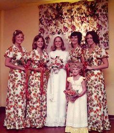 Los vestidos de novia y damas de honor más feos | Rincón Abstracto