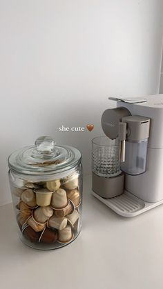 Aesthetic Coffee, Cream Aesthetic, Brown Aesthetic, Aesthetic Food, Coffee Corner, Coffee Love, Lunch Saludable, Think Food, Healthy Life