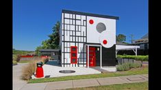 The facade on art house one is a study of abstract art right down to the mail box on the site's corner. Mediterranean Doors, Art Studio Organization, Unique Buildings, Facade House, House Facades, Brick And Stone, Facade Architecture, Simple Colors, Cladding