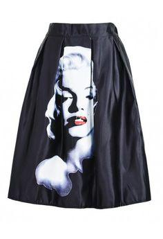 Cauti o #fusta trendy?Alege fusta Monroe pentru o tinuta casual sau chic!
