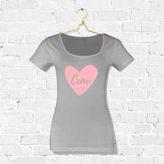 T-shirt Crew Hart / Shop all your bacheloretteparty items at: https://www.weddingdeco.nl/