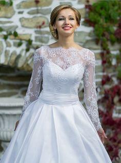 wedding dresses princess style with sleeve