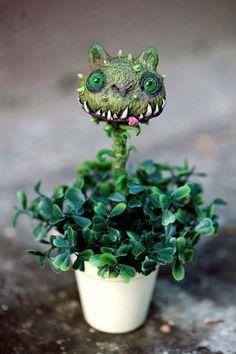 flytrap cat by da-bu-di-bu-da on DeviantArt Holidays Halloween, Halloween Crafts, Halloween Decorations, Polymer Clay Creations, Polymer Clay Crafts, Ikea Plants, Clay Monsters, Plante Carnivore, Manualidades Halloween